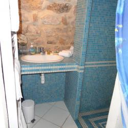 Salle de bains chambre voutée